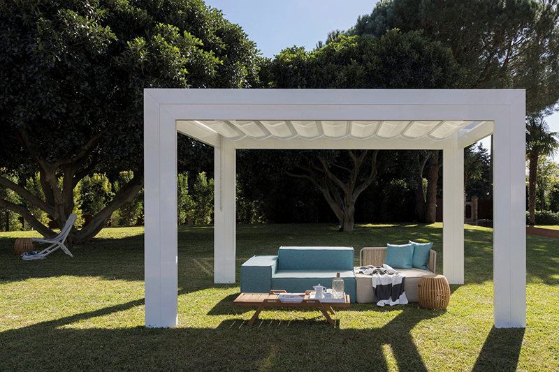 Pergolas for Patio Elegance